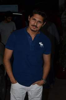 Vishal Malhotra poses for the media at the Special screening of Haider