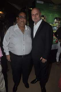 Anupam Kher poses with Satish Kaushik at the Premier of The Shaukeens