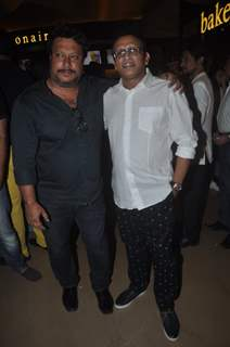 Anu Kapoor poses with Tigmanshu Dhulia at the Premier of The Shaukeens