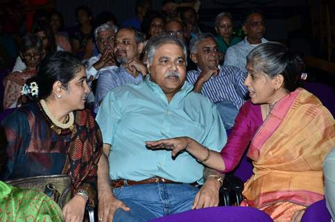 Ratna Pathak in conversation with Satish Shah and his wife
