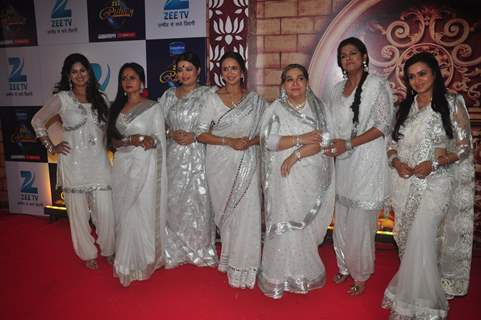 Cast of Satrangi Sasural at Zee Rishtey Awards