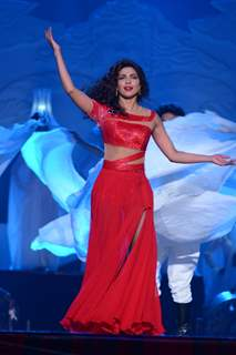 Priyanka Chopra performs at the Opening of Got Talent - World Stage Live