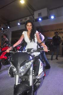 Tena Desae poses with the bike at Autocar Show