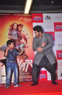 Arjun Kapoor shakes a leg with a young fan at the Promotions of Tevar