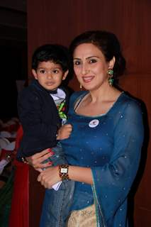 Juhi Babbar poses with son Imaan Soni at Arya Babbar's Book Launch