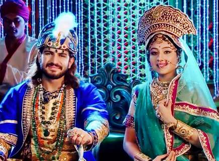 Rajat tokas and Paridhi sharma in Jodha akbar celebration