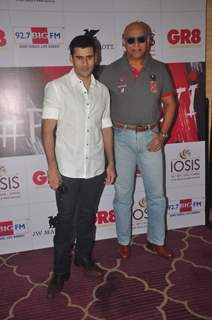 Puneet Issar poses for the media at GR8 Beti Bash