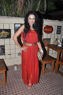 Saraa Khan poses for the media at the Launch Party of Dilli Wali Thakur Gurls