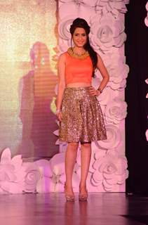 Dimple Jhangiani at The Beti Fashion Show 2015