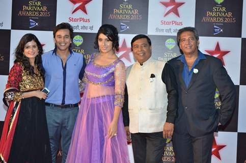 Ye Hai Mohabbatein Team at Star Parivaar Awards 2015