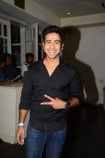 Dishank Arora at Kaisi Yeh Yaariyan Celebration`