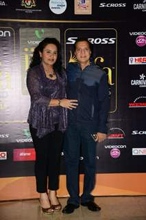 Lalit Pandit poses with Wife at the Premier of Dil Dhadakne Do at IIFA 2015