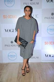 Shveta Salve at Fashion's Night Out by Vogue India