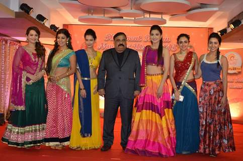 Celebs With Rajeev Reddy at Country Club Navratri Press Meet