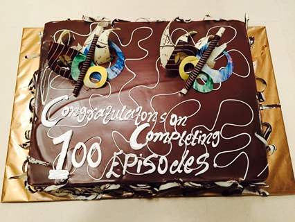Cake for 100 Episode Completion of Piya Rangrezz