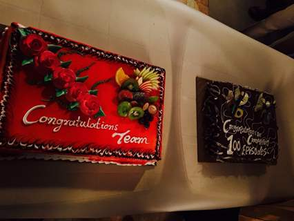 Cakes for 100 Episode Completion of Piya Rangrezz