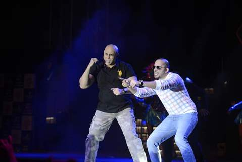 Puneet Issar and Ali Quli Mirza perform at the Bigg Boss Nau