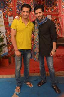 Kinshuk Mahajan and Rafi Malik on the Sets of Tere Sheher Mein