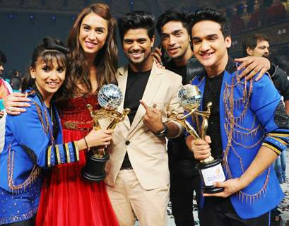 Faisal Khan and Vaishnavi 's Winning Moment With Lauren Gottlieb
