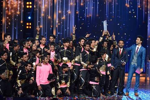 V Company Wins Dance Plus