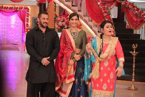 Salman and Sonam for Promotions of 'PRDP' on the sets of 'KumKum Bhagya'