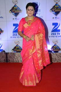 Rinku Karmarkar at Zee Rishtey Awards 2015
