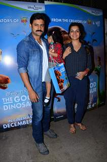 Manav gohil, Shweta kawatra with Daughter at Special Screening of 'The Good Dinosaur'