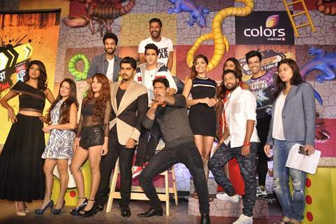Khatron Ke Khiladi 7 Contestants Poses with Arjun Kapoor at Press Meet