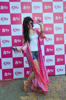 Yuvika Choudhary with &TV Celebrating Holi