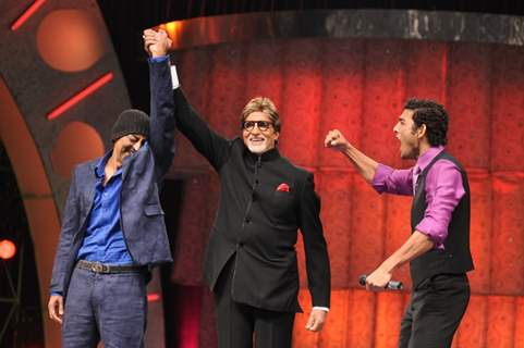Vindu announced winner by Big B