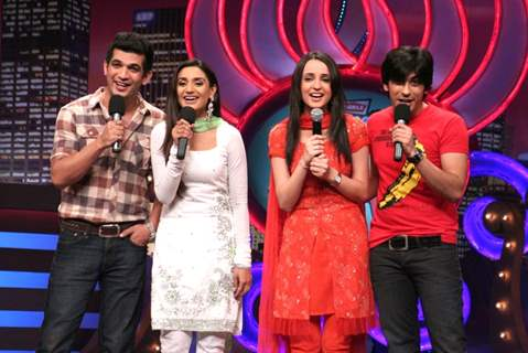 Miley Jab Hum Tum cast in Laughter Ke Phatke show