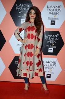 Akanksha Puri at Lakme Fashion Show 2016 - Day 5