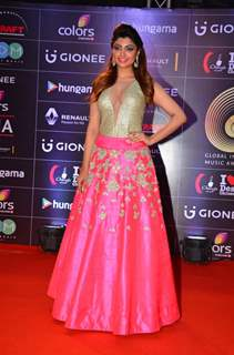 Akanksha Puri at COLORS GiMA AWARDS 2016