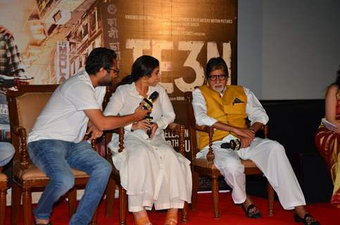 Sujoy Ghosh, and Amitabh Bachchan and Vidya Balan at Trailer Launch of 'TE3N'