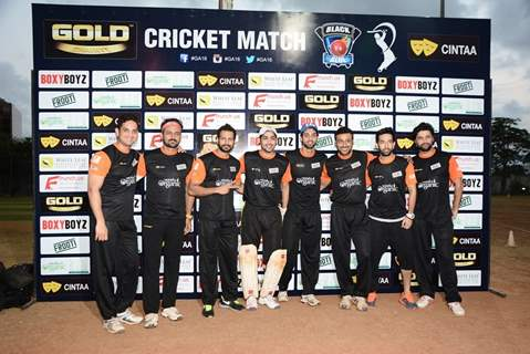 Manav Gohil, Ashish Sharmaa, Jay Bhanushali and Karan Wahi Play Gold Cricket Charity Match For A Cau