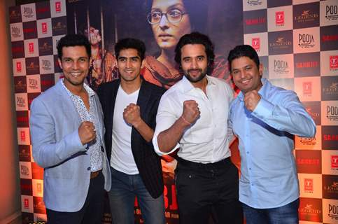 Randeep Hooda, Vijendra Singh, Jackky Bhagnani and Bhushan Kumar at Success Party of 'Sarabjit'