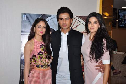 Sandeepa Dhar, Shiv Pandit and Natasa Stankovic during Promotions of film '7 Hours to go'