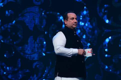 Rahat Fateh Ali Khan Promotes 'Dishoom' on Sa Re Ga Ma Pa 2016
