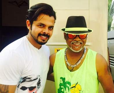 Vinod Kambli with Sreesanth has a Blast on the sets of 'Comedy Nights Bachao'