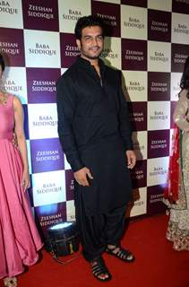Sharad Kelkar at Baba Siddique's Iftaar Party 2016