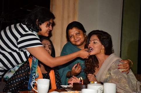 Neetu Chandra Celebrates her Birthday with Family