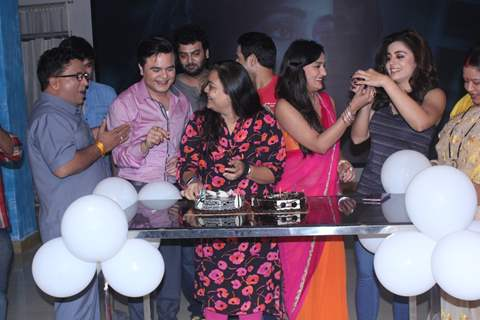 Cast of Life OK's 'May I come In Madam' celebrates hit of a century