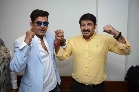 Manoj and Ravi at the Press confrence of Luv Kush biggest Ram Leela at Constitutional Club