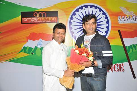 Ravi Kishan and Aneel Murarka at Press meet of short film 'Aur Dekho' about Swachh Bharat
