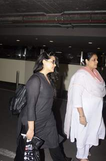 Airport Diaries: Supriya Pathak!