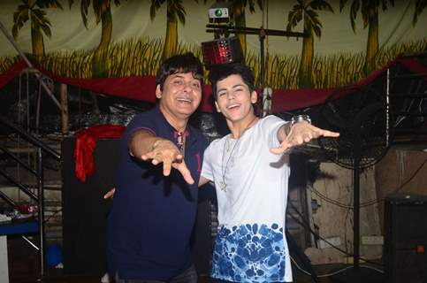 Sudesh Lahiri at Birthday bash of Siddharth Nigam and announcement of film 'BHANKAS'