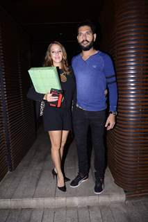 Yuvraj Singh and Hazel Keech snapped at Estelle post Dinner