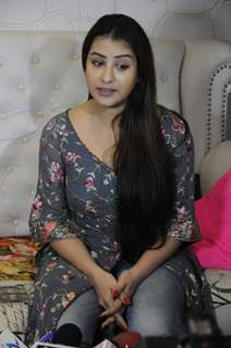 Ex Bhabhiji aka actress Shilpa Shinde at her press meet!
