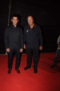 Sharman Joshi and Prem Chopra at Dadasaheb Phalke Awards