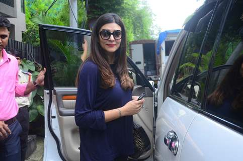 Aamir-Siddharth-Sushmita snapped in the city